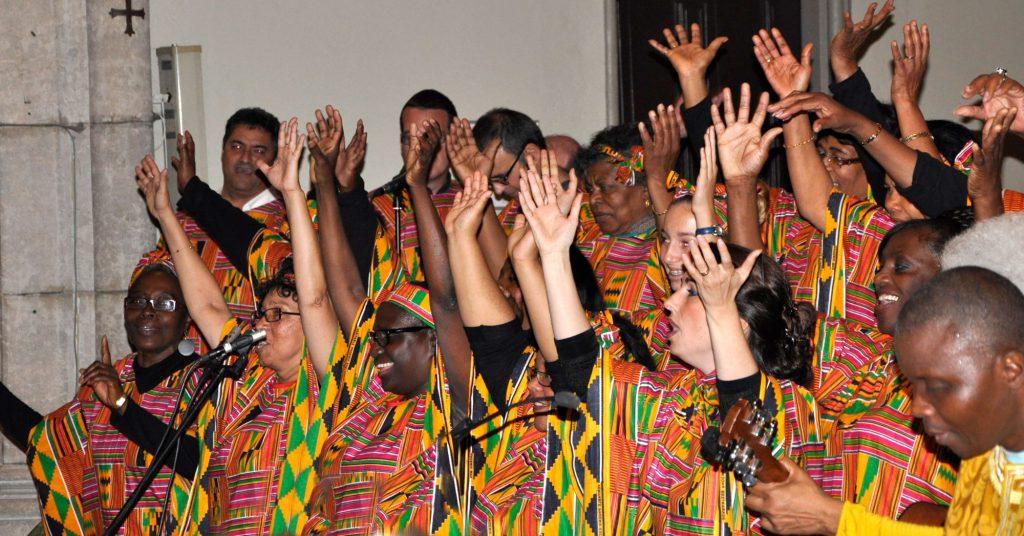 Le chœur du groupe de gospel de Solidarité Soboyo lors du concert de 19 Octobre 2012.
